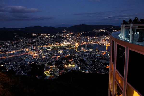 640px-Nagasaki_City_view_from_Mt_Inasa04s